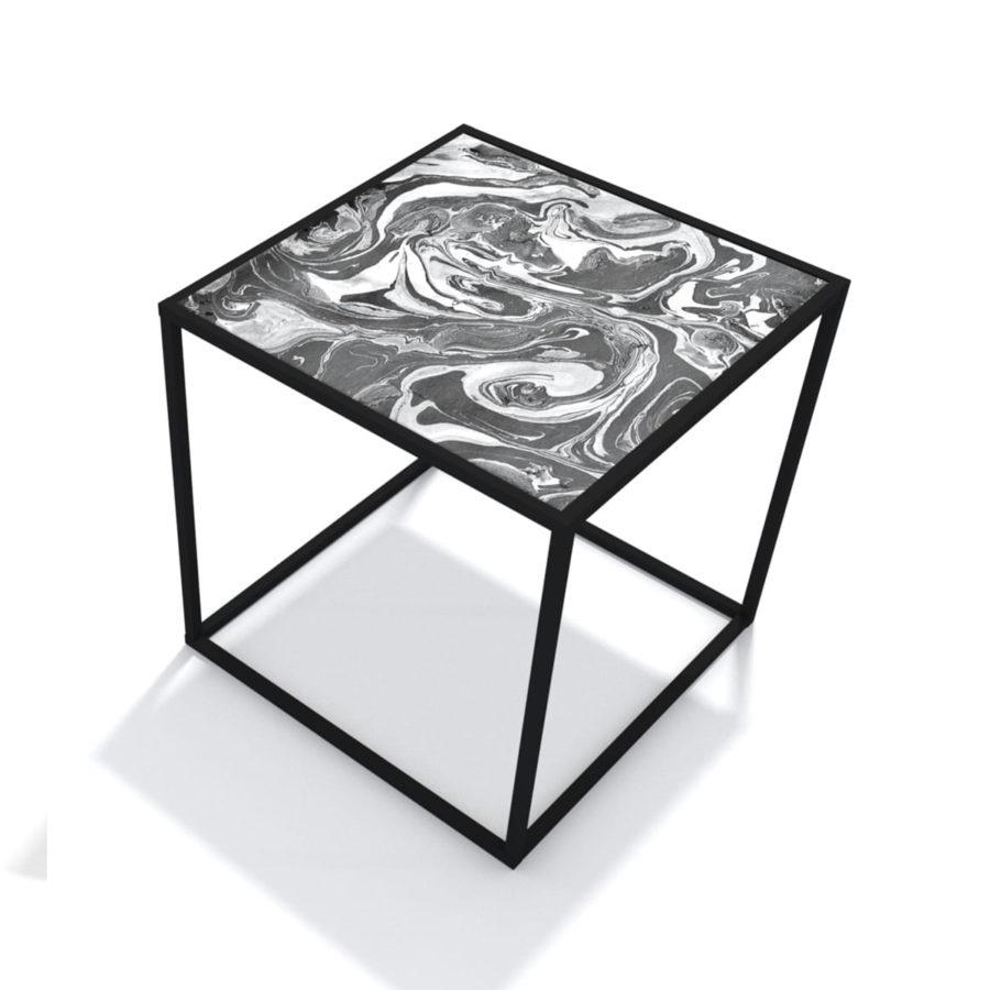 stolik z wzorzystym blatem oryginalny